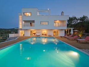 Villa Vrbnik mit Pool