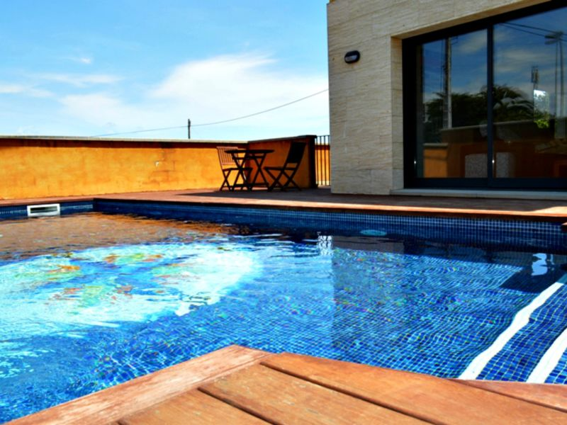 Holiday house Casa con piscina.BR1