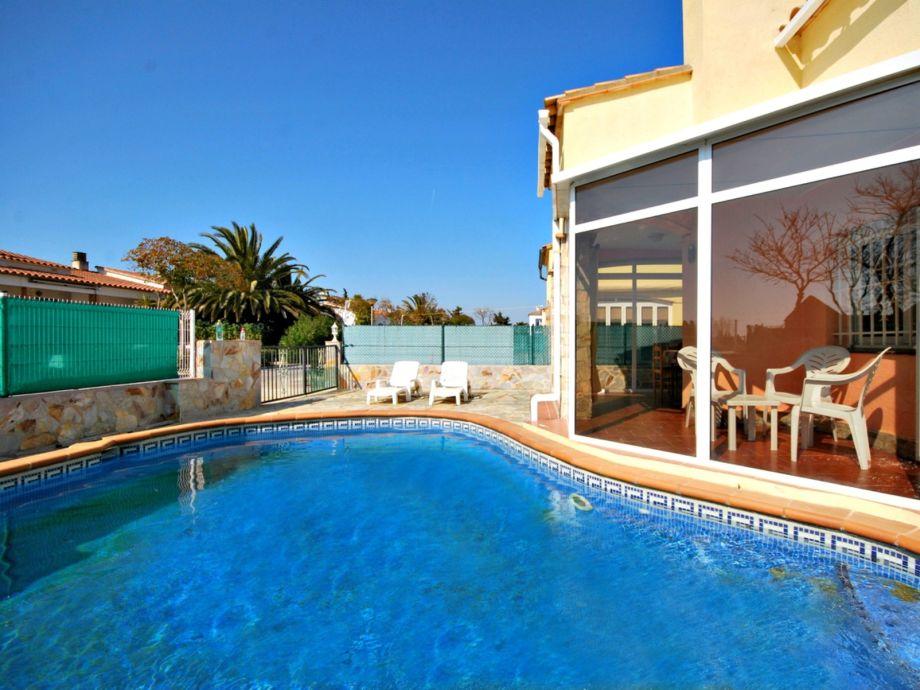 ferienhaus casa al lado de la playa con piscina privada