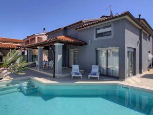 Villa Verde with private Pool