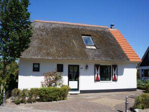 """Ferienhaus 4/5 Personen in Villapark """"De Buitenplaats"""""""