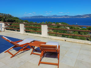 Holiday house Holiday home with fantastic view of Giens