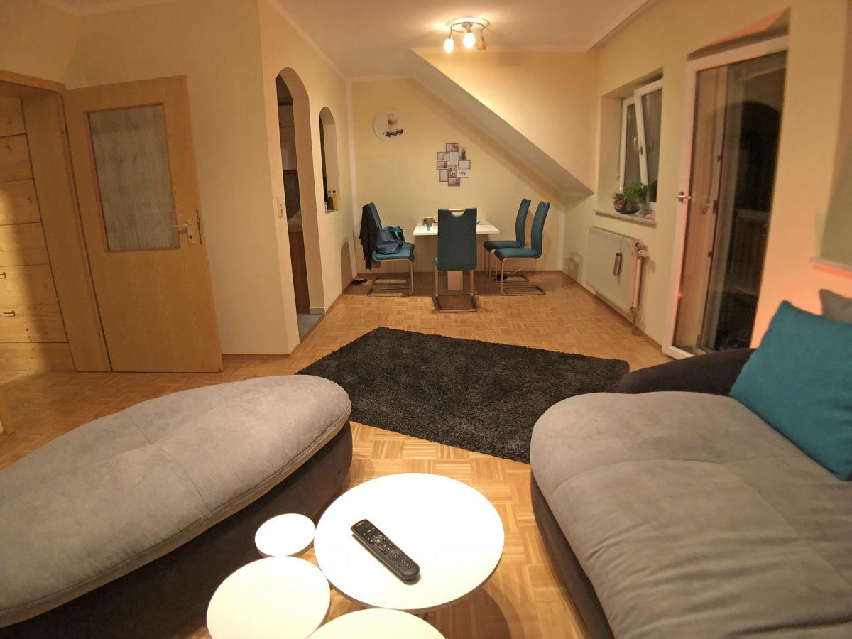 ferienwohnung schlossblick mit eintritt zur therme wolfsberg frau ingrid kainz. Black Bedroom Furniture Sets. Home Design Ideas