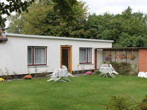 Ferienwohnung Mit Garten in Rostock 1