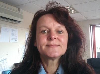 Ihr Gastgeber Sharon Parker