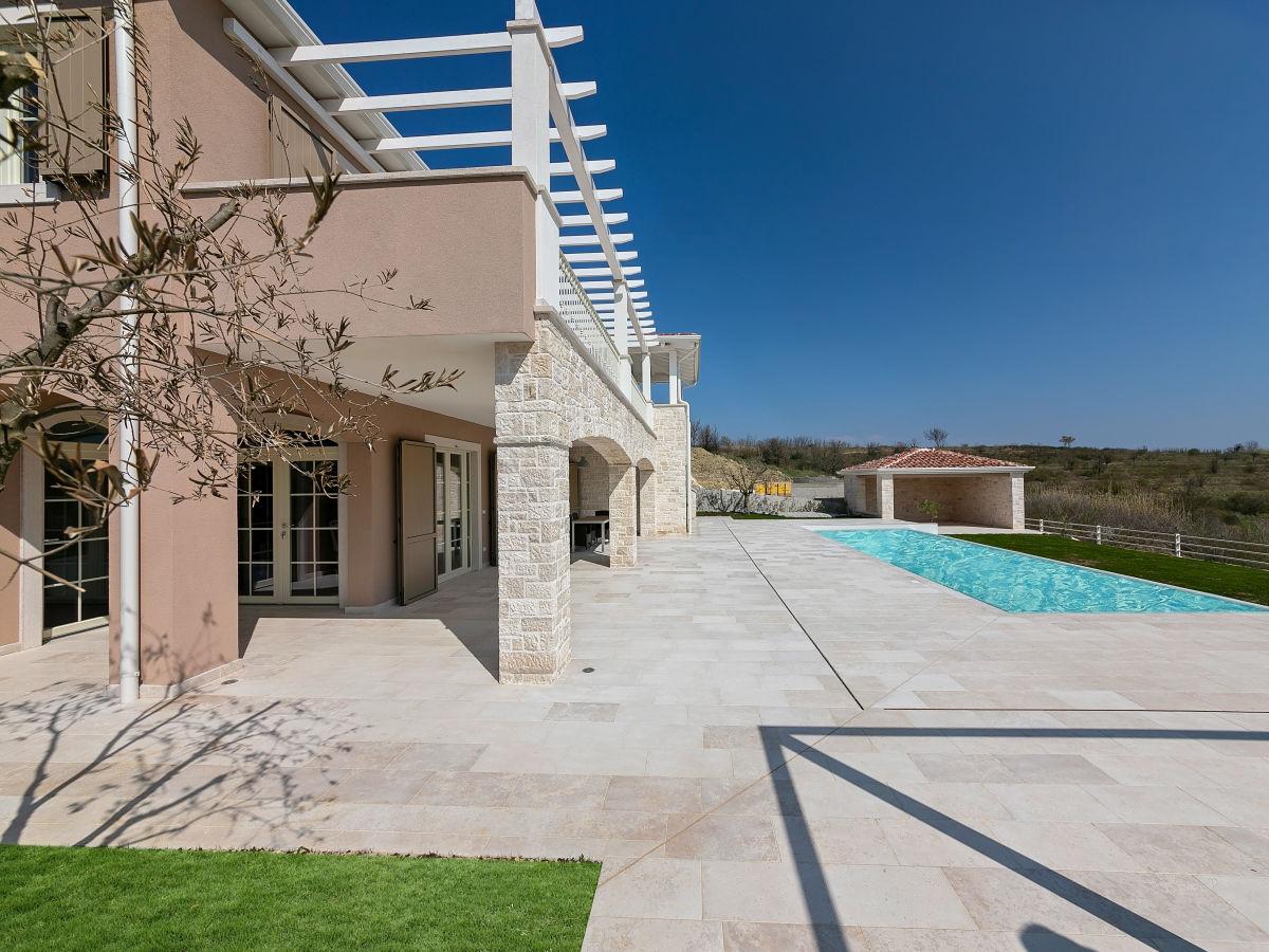 Sommerküche Living At Home : Villa monte vižinada vižinada firma villas in istria frau ivana