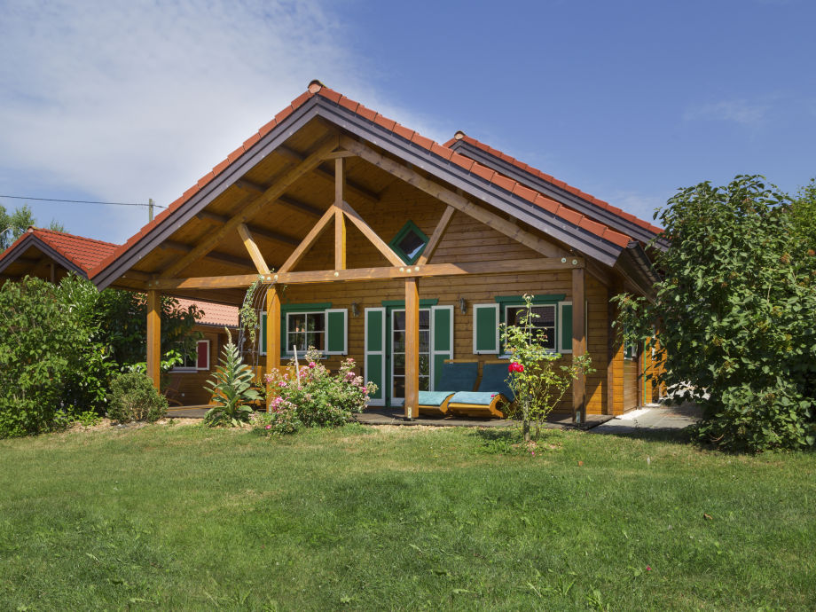 Holzblock-Ferienhaus