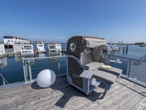 Hausboot Sea Lounge im OstseeResort Olpenitz