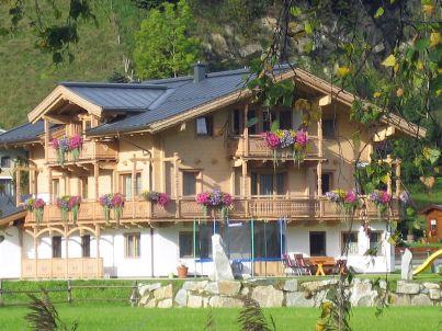 House Plaickner at the lake