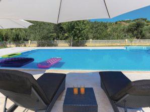 Ferienhaus Villa Salona