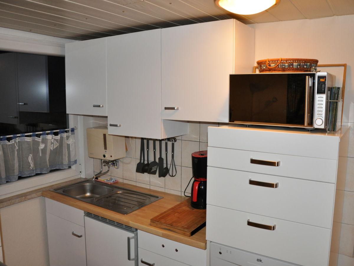 ferienhaus haus schneekopf st tzerbach firma rennsteigreisen frau elke weigl. Black Bedroom Furniture Sets. Home Design Ideas