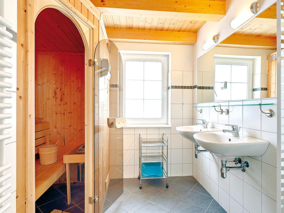 ferienhaus strandhaus baabe d ostseebad baabe auf der insel r gen firma frosch. Black Bedroom Furniture Sets. Home Design Ideas