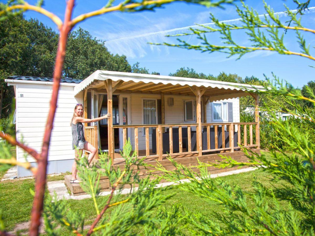 Bungalow Veranda Chalet 5 persons, 2 bedrooms, North Brabant ...