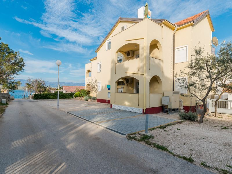 Holiday apartment Partelj 4