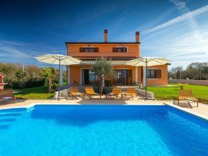 Villa Montreo