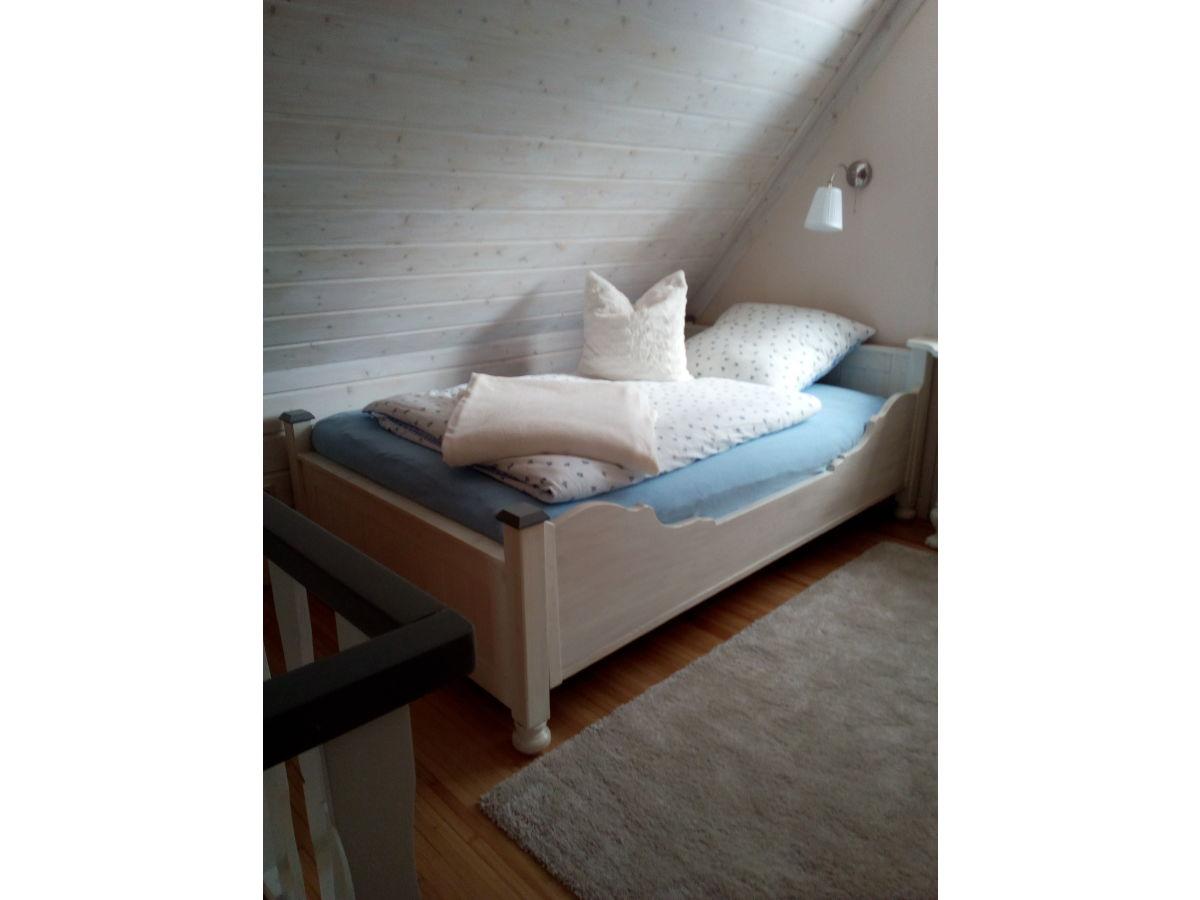ferienhaus im rosengarten loxstedt frau christa ra bach pleu. Black Bedroom Furniture Sets. Home Design Ideas