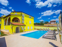 Holiday apartment Mirna in Villa Andrea