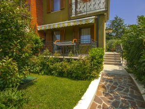 Holiday apartment Antonela I