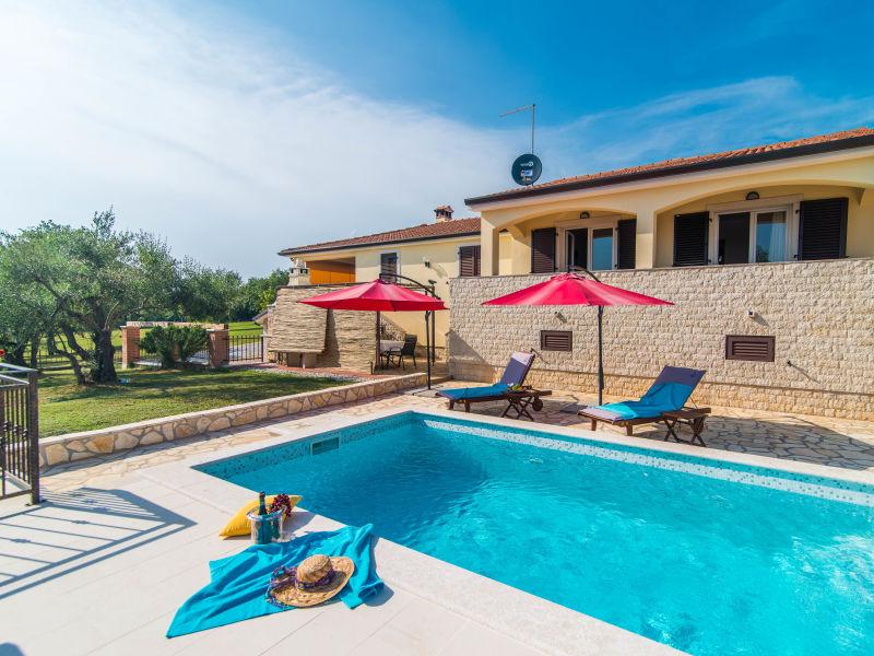 Ferienwohnung Nono mit Pool