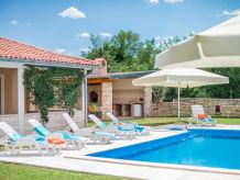 Villa Ruza Selina