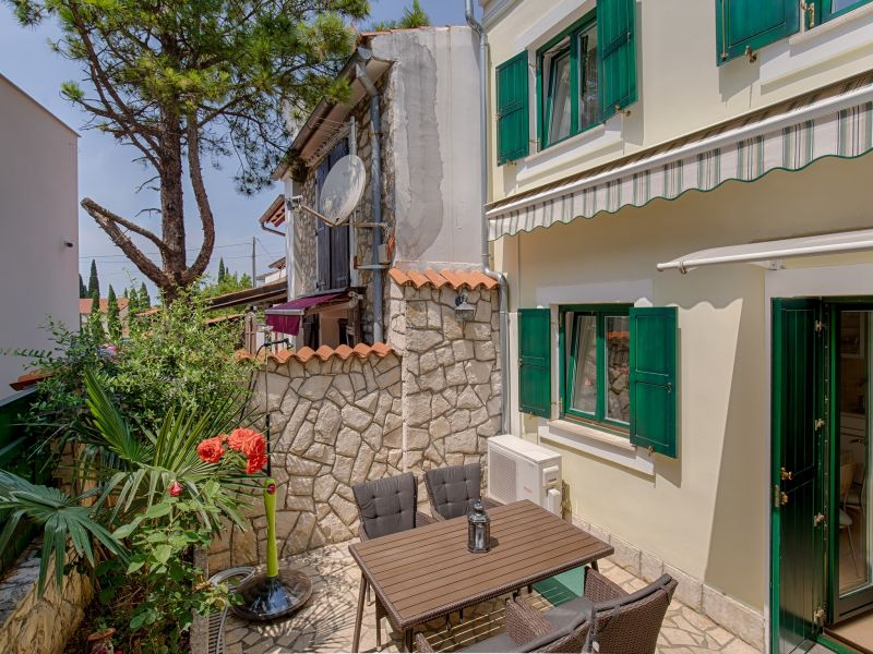 Holiday house Divna in Selce
