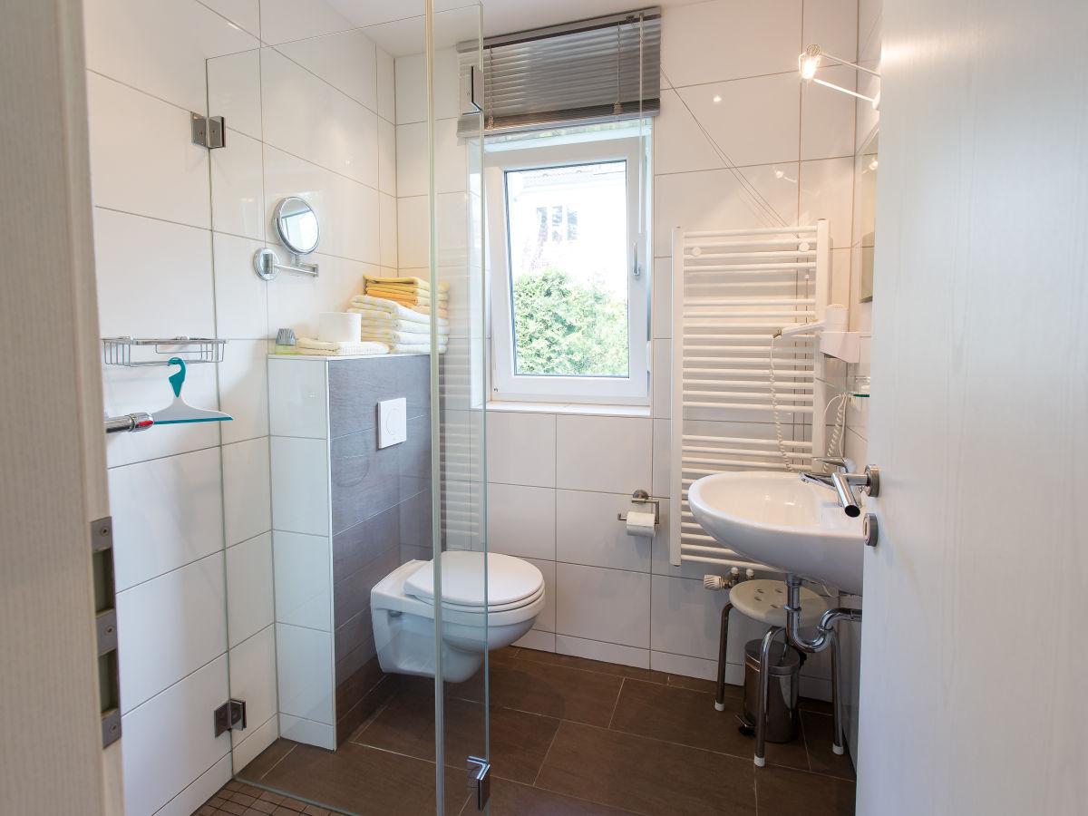 ferienwohnung effi briest berlin brandenburg firma 1947 frau monika bonin. Black Bedroom Furniture Sets. Home Design Ideas