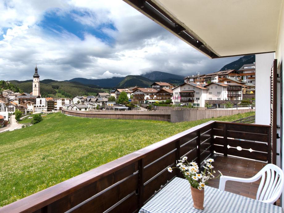Blick aufs Dorf vom Balkon
