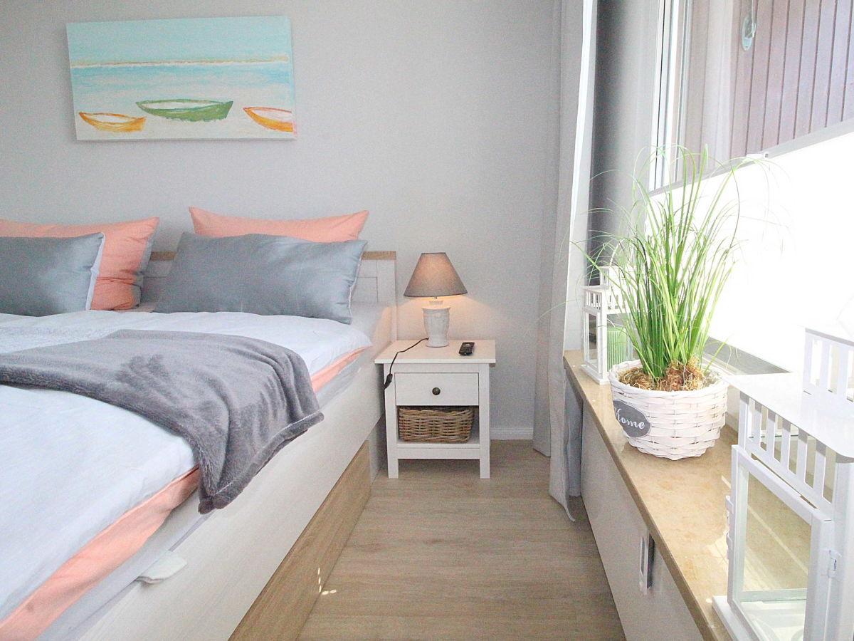 Schlafzimmer Mit 2. TV/Flatscreen
