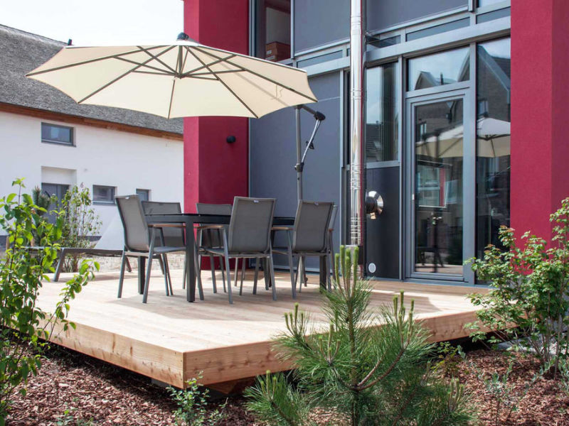 """Ferienhaus Ostsee - Reetdachhaus Nr . 14 """"DasRoteHaus"""" im Strand Resort"""