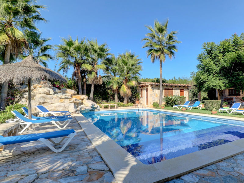 Villa Special offers due to summer 2018 cancellations