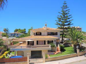 Villa Magrana  in der Bucht Cala Magrana