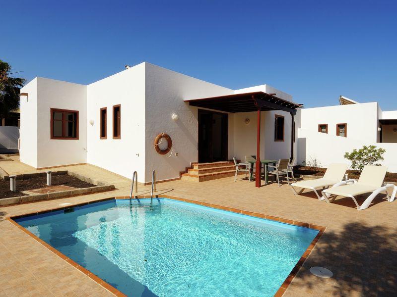 Villa Residencial los Claveles - Cristina