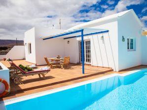 Ferienwohnung Villa Naos