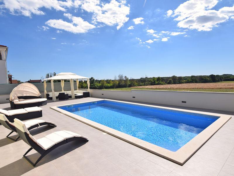Ferienhaus Dali für 6-8 mit Pool