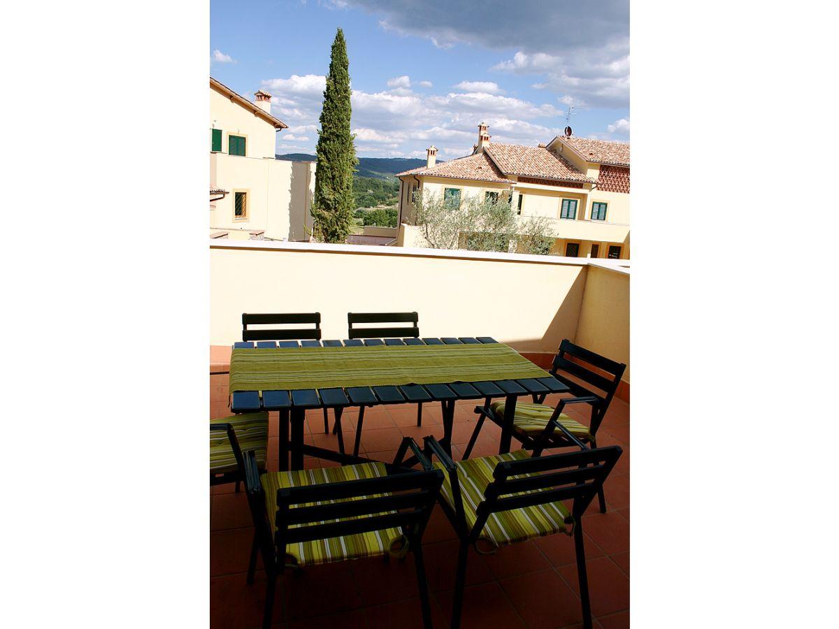 ferienhaus ideal gelegen im herzen der toskana mit pool arezzo toskana firenze frau matina. Black Bedroom Furniture Sets. Home Design Ideas