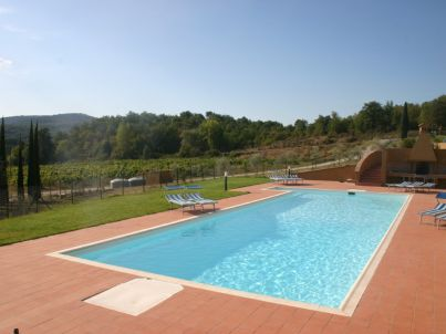 Ideally located - heart of Tuscany with pool