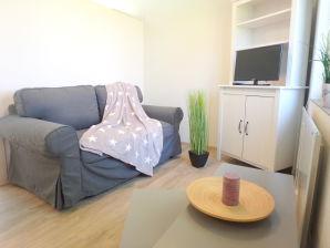 "Apartment ""Oberon"" ganz nah an der schönen Ostsee"