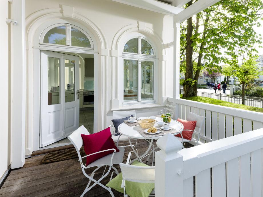 Gemeinsames Frühstück auf der Terrasse