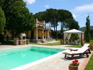 Villa Gruppenunterkunft IT513 , Toskana