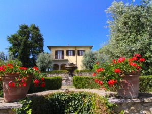 Landhaus Gruppenunterkunft  IT 493 Toskana