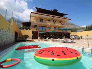Ferienwohnung Mare e Monti A