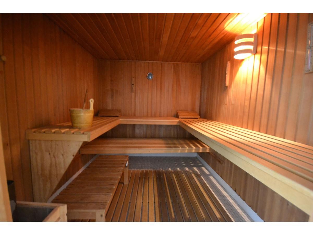 ferienwohnung wolke in p nitz am see schwimmbad sauna wifi p nitz herr stephan philipps. Black Bedroom Furniture Sets. Home Design Ideas
