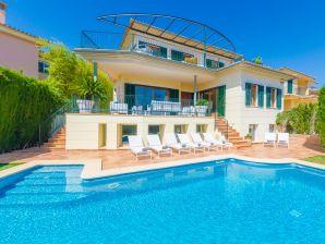 Villa Son Quint