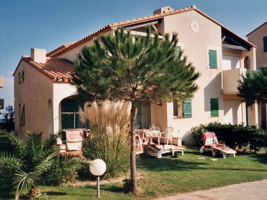 Erdgeschoss-Wohnung mit 4 Zimmern in FKK-Anlage