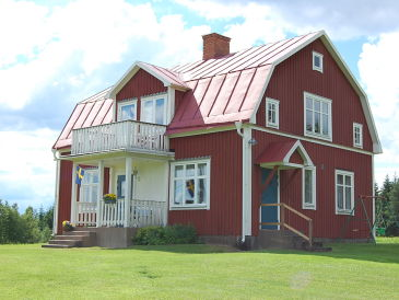 Preiswertes großes Småland-Ferienhaus nahe Bullerbü