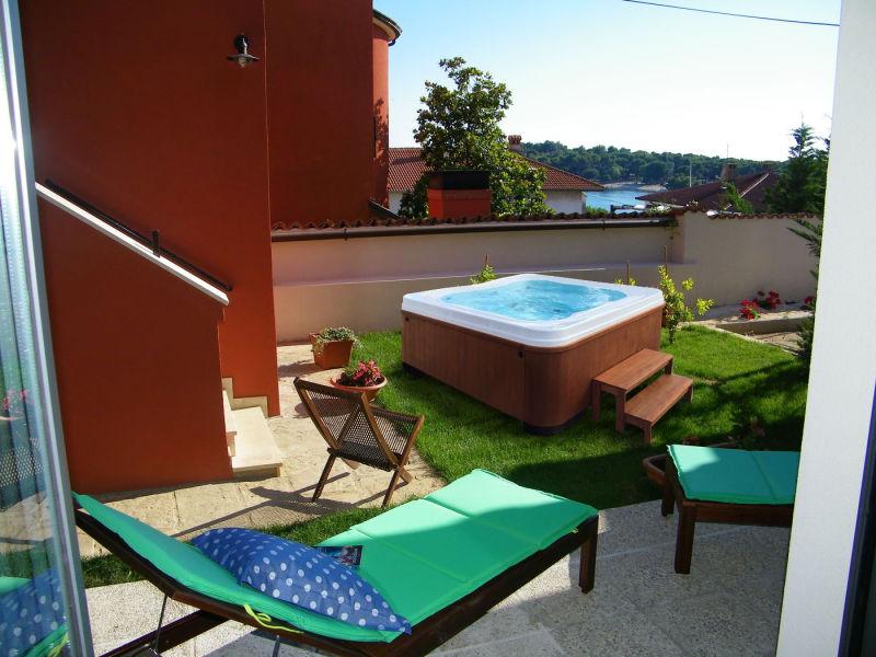 Ferienwohnung Villa Ema