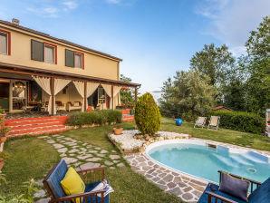 Holiday house Marcheholiday Il Casale del Boncio