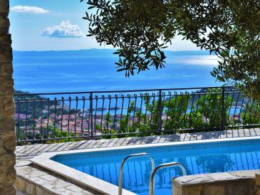 Villa Sara with pool & ocean view