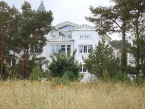 Villa Freia - Große Strandferienwohnung