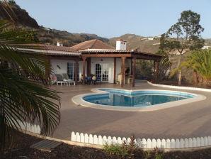 Ferienwohnung mit Garten & Pool - F7133